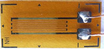 BSF120-3(6)AA-T常温单轴应变片.jpg